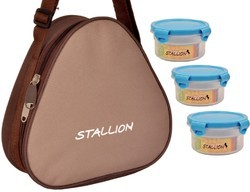 Stallion Microwave Safe Containers Plastic Lunch Box, Capacity: 600 Ml, 1 Carry Pouch + 3 Containers