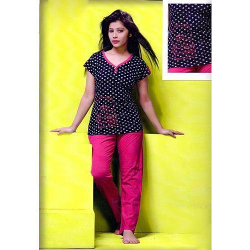 a3d06245e93 Ladies Polka Dot Printed Night Suit at Rs 400  piece