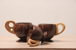 Wavy Base Coconut Shell Coffee Cup
