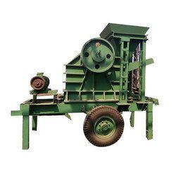 Tractor Mobile Stone Crusher Machine