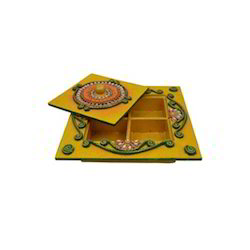 Wooden Paper Mache Dry Fruit Box