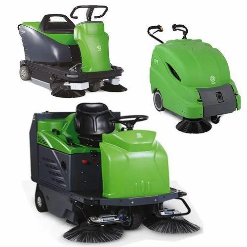 Floor Sweeper Capacity 700 Mm Rs