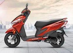 New Orange Metalic Fan Cooled 4 Stroke Si Engine Honda Grazia Scooter