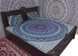 Cricle Of Star Mandala Duvet Cover