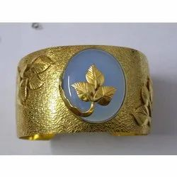 Calcidony Cuff 925 Silver Gold Plated Textured Bracelet