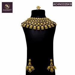 Wedding Gold Plated Bollywood Style Bridal Jewelry Set with Earrings and Ring