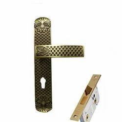 Brass Door Handle Lock, Packaging Type: Box