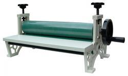 LC Manual Cold Laminator (390 MM) Machines