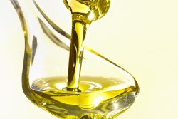 Oils - MCT Oil Wholesale Trader from Ahmedabad