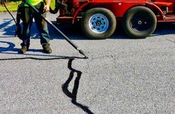 Road Crack Filling Service