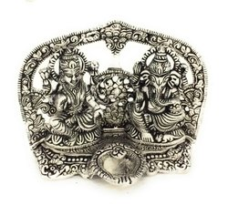 Aluminium Silver Decorative Laxmi Ganesh Idol For Gift
