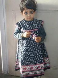 Formal Wear Kids Dress Baby Fashion Clothing, Age: Y, Medium