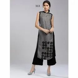 Sleeveless Digital Printed Crepe Kurti