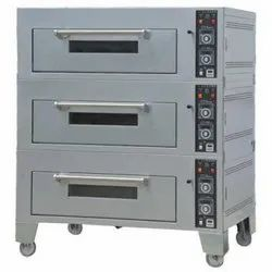 Stainless Steel Three Deck Baking Oven, Capacity: 60 Kg Per Hour