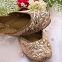 Party Wear Golden Punjabi Jutti