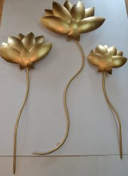 Lotus Leaf Wall Art In Gold
