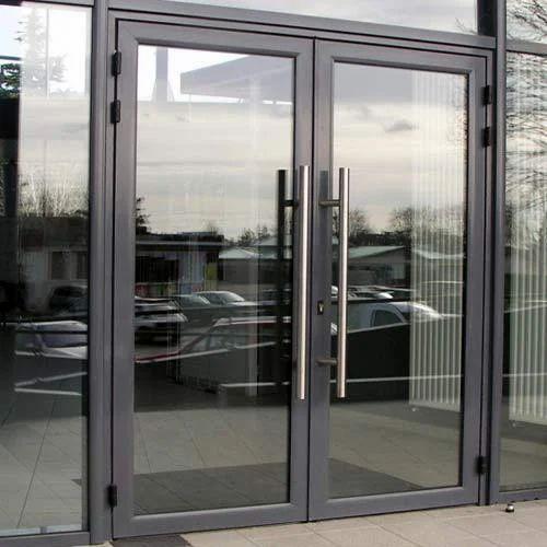 Grey And Transparent Standard Aluminum Glass Door Rs 400
