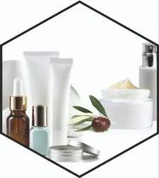 OMTIRTH Harbal Green Cosmetic Cream Fragrance