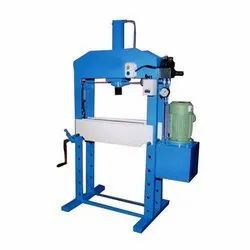 4 Pillar Type Hydraulic Presses