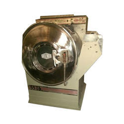 Semi-Automatic Commercial Laundry Washing Machine, Rated Capacity: 30 kg, Front Loading