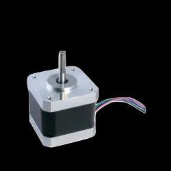5.5 Kg-Cm NEMA 17 Stepper Motor 4 Wire Bipolar For CNC / 3d Printer / Robotics