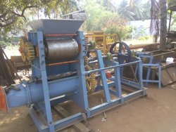 Atchaya 400 /SC Wirecut Clay Brick Machine