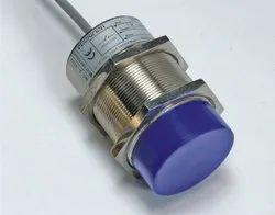 Inductive Sensor DC Type (2 Wire Version)