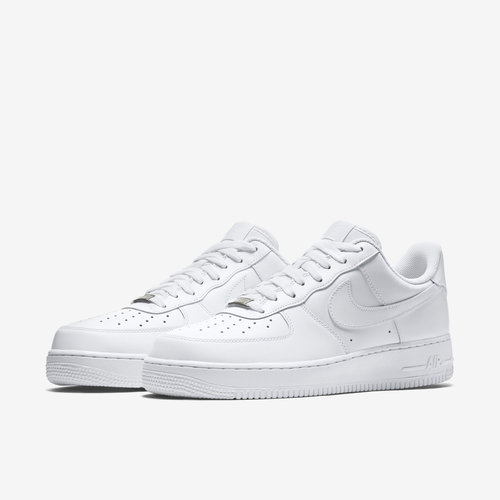 Grapa desarrollo de Prisionero  White Nike Airforce Shoes, Rs 1800 /pair Fashion Hub | ID: 16349945555