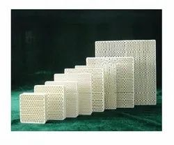 White Molten Aluminum Ceramic Filters, Length: 0-5 Inch