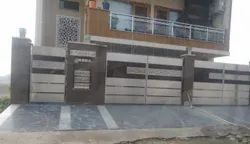 SS Main Gate Jindal Stainless Steel 304, For Warehouse, Load Capacity: 1 Ton