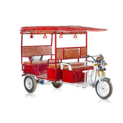 Battery Operated Passenger Electric Rickshaw