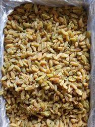 Loose Golden Raisins Sweet Long, Packaging Type: Plastic Box