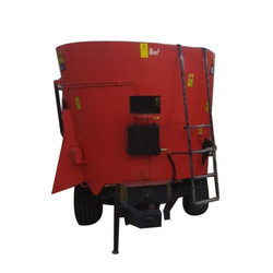 Dairy farm  TMR Wagon