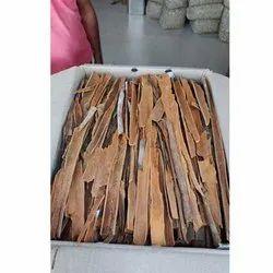 Split Dalchini Cinnamon Stick