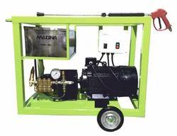 Ultra High Pressure Impact Cleaner
