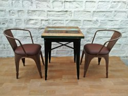 Rustic Green Black Industrial Style Cafe Table, Size: 60x60x75 Cm, Seating Capacity: 2
