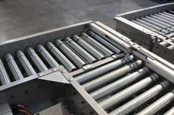 Roller Conveyor - Flexible Roller Conveyor Manufacturer from Delhi