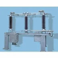 High Voltage Electrical Isolator, Breaking Capacity: Up To 100 Ka, Making Capacity: 32.75-60.5 Kapk