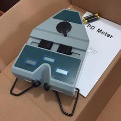 Pupilometer (P.D. Meter)