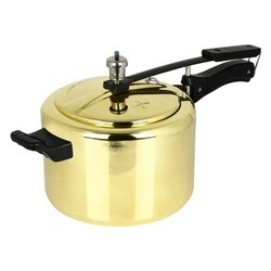 Brass Rich Cook Pressure Cooker 5 Litres, For Domestic