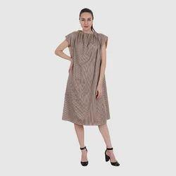UB-B-GOWN-03 Spa & Salon Gown