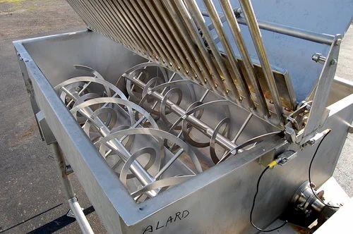 SS Ribbon Blender, Capacity: 2 Kg To 6000 Kg