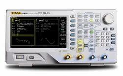 200MHz Function & Arbitrary Generator,500MSa/s--DG4202