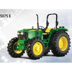 5075 E 75 HP John Deere Tractor