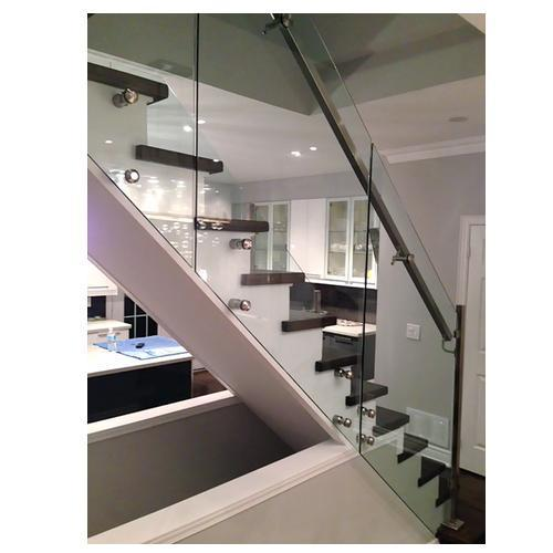 Stainless Steel And Glass Bar Staircase Glass Railing Rs 750 Running Feet Id 15899329097