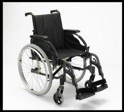 Invacare Wheelchair Action 3