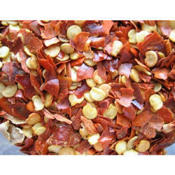 Crushed Chili Flakes, Packaging: 150 g and 1 kg
