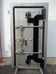 Single Door Safety Vaults