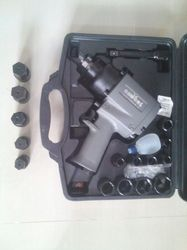 1/2'' Air Impact Wrench With Sockets Kit