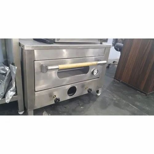 Single Deck Oven Electric Heavy Pizza Oven Machine, 3 Kw